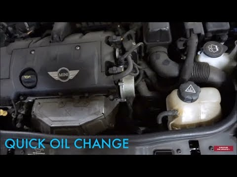 2009 MINI Cooper Hatch oil change (2007-2013)