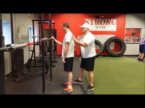 Teaching an ABSOLUTE BEGINNER to SQUAT! (Starting Strength)