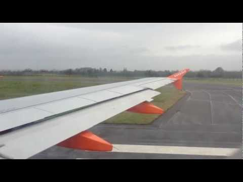EasyJet Taking-off from Belfast International Airport (Northern Ireland)