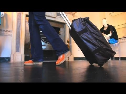 Wheeled vs. Spinner Luggage : Travel Solutions