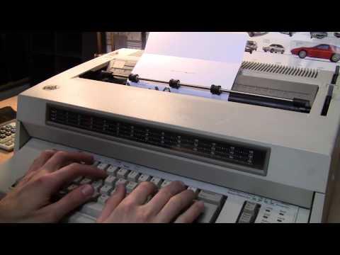 IBM Wheelwriter 10 Series II electronic typewriter