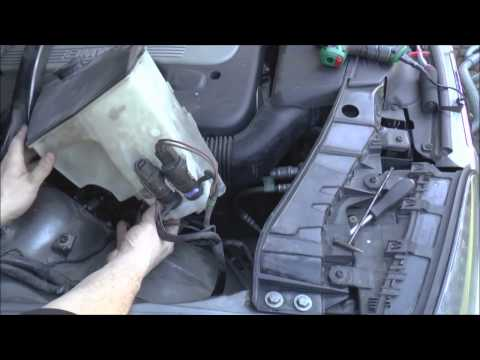 Windscreen washer fluid pump at fault - BMW X3
