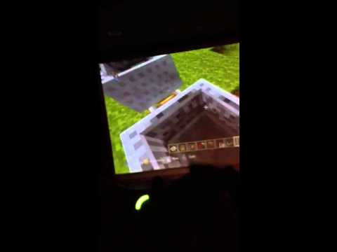 Minecraft Xbox 360 edition: stuck in mine cart