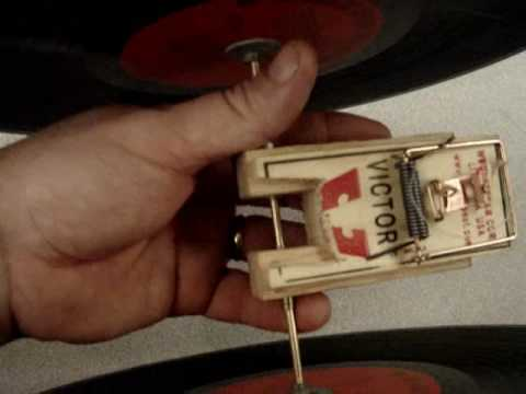 Simple Mouse Trap Car goes 138 feet