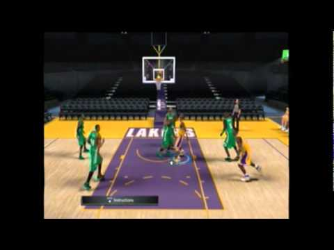 NBA 2K11 tips and how to call plays and score easy lesson 2