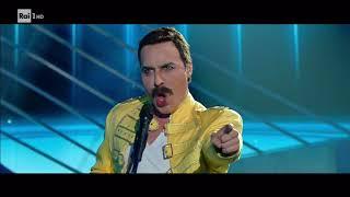 """Federico Angelucci è Freddie Mercury: """"We are the champions"""" - Tale e Quale Show 03/11/2017"""