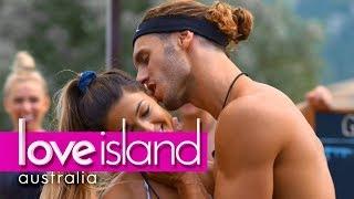 Villa games: Every hole's a goal | Love Island Australia 2018