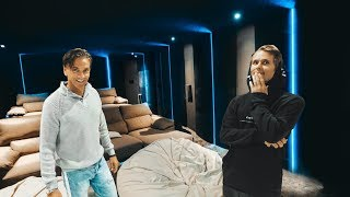 Download RICKARD'S NEW CINEMA ROOM IN MARBELLA! | VLOG⁴ 02 (Part 1) Video