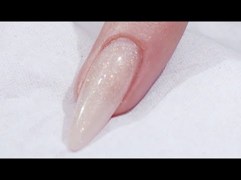 How to create an almond shaped nail