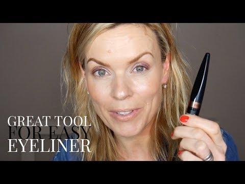 Great tool for easy eyeliner