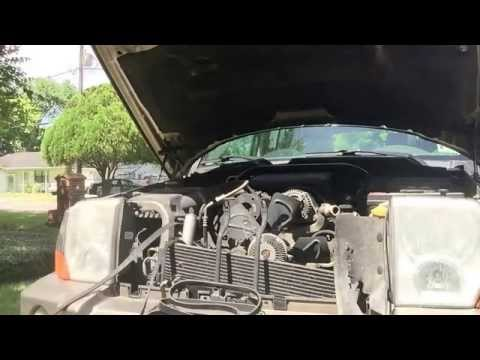 Replacing the Serpentine Belt on a 2006 Jeep Commander 4.7 L