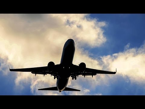 Three Airline Stocks With High Volatility to Add to Your Portfolio