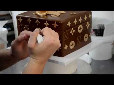 How to make Louis Vuitton Cake
