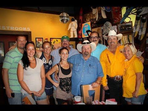 Storage Wars Texas - Storage Locker Buy - Moe Prigoff Sits In To Lend A Hand, Guy Locker Part 1