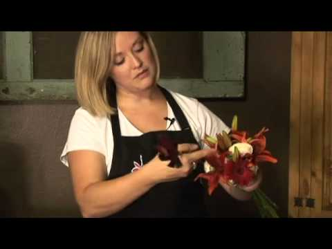 How to Make a Floral Bouquet