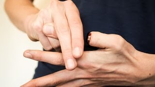 HOW TO REMOVE YOUR FINGER - MAGIC TRICK