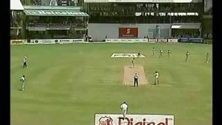 Brian Lara 176 2005 vs South Africa - GENIUS BATTING!