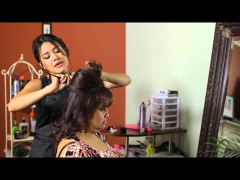 How to Do Hot Rollers to Create an Elegant Wedding Hairstyle : Tress to Impress