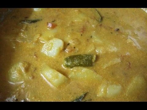 Urulai kizhangu kurma in AathuSamayal/urulaikilangu kurma recipe in tamil/aloo korma eng description