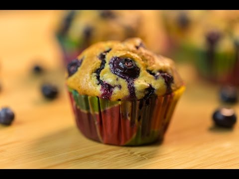 How To Make Moist and Tender Blueberry Muffin / Best Muffin Recipe!
