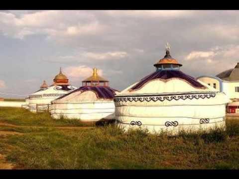 traditional mongolian yurt-yurts for camping