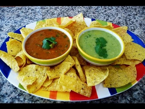 How to make Red Salsa (Chile De Arbol) and Green Salsa (Jalapeño)