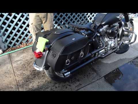 2010 Harley-Davidson Softail FatBoy Lo Motorcycle Saddlebags Review - vikingbags.com