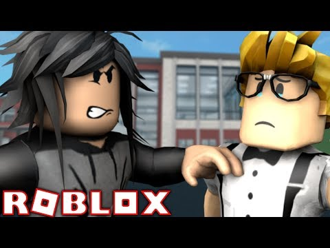 A BULLY TOOK OVER THE SCHOOL! [ROBLOX STORY]