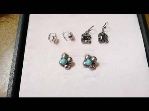 How to Choose Earrings for a Job Interview : Earrings & Jewelry