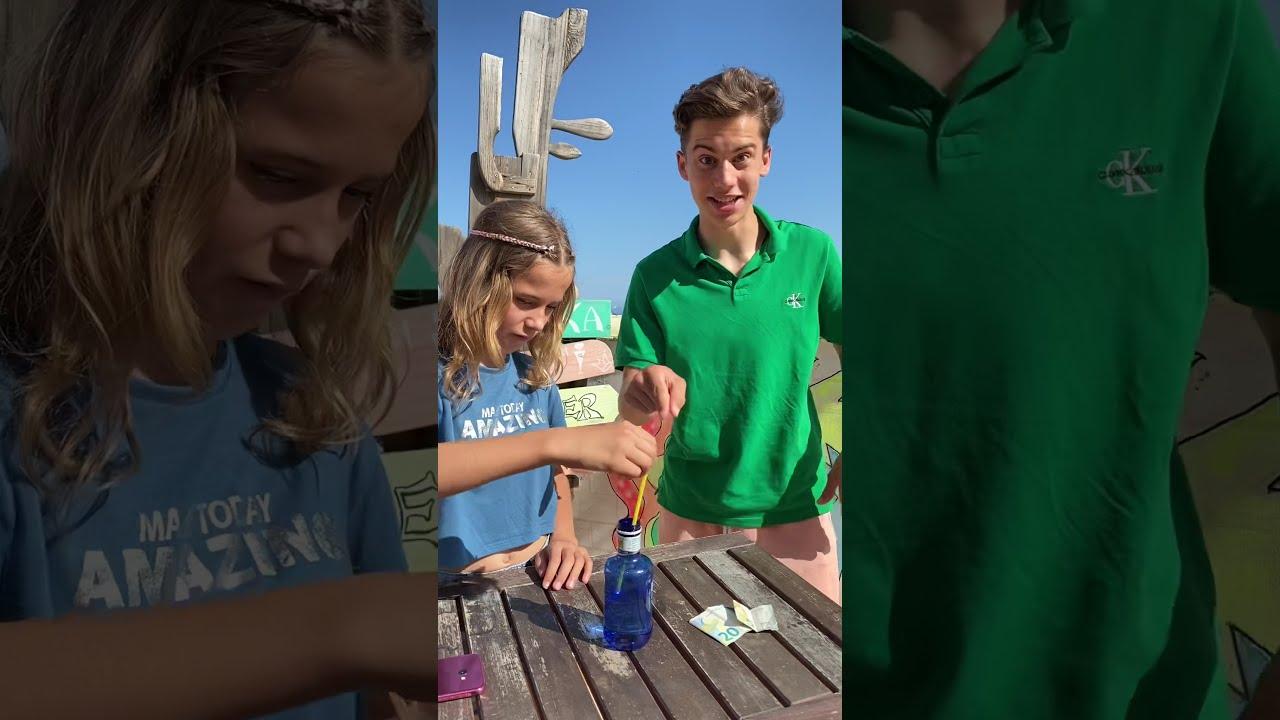 Reto con la botella de agua/ Mika Sofi Retos virales de  Tik Tok 2021