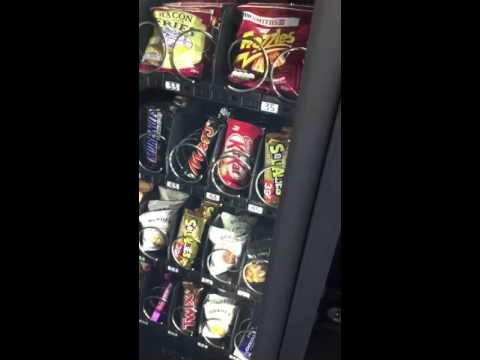 MUST WATCH It's gone Viral Vending machine hack crazy system free food code trick cool