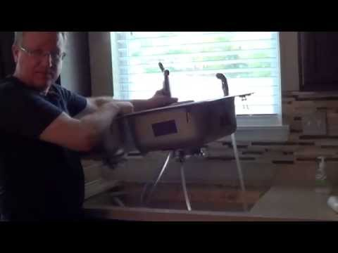 How to Remove a Kitchen Sink
