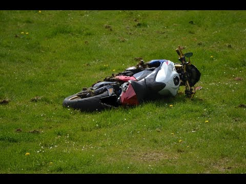 motorcycle CRASH Nürburgring drifts and sounds Adenauer Forst 01.05. Teil 1
