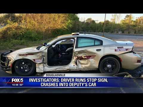 Douglas County deputy recovering following crash