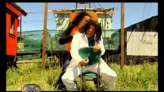Moni y Maria Elena cantando tema de mambrú - PakVim net HD