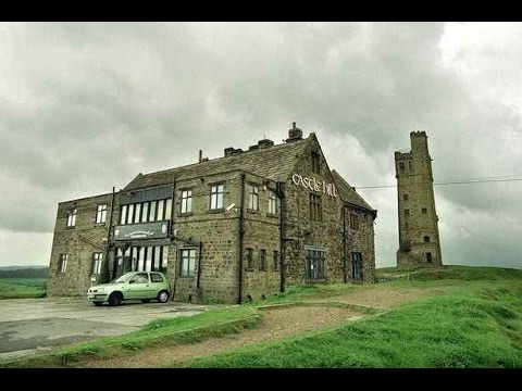 CASTLE HILL HUDDERSFIELD HISTORY and HOLMFIRTH TOWN