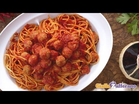 Spaghetti with meatballs - Italian recipe