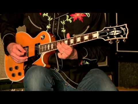 Gibson Les Paul Classic Custom  •  SN: 110821438