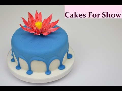Making a Drip Cake - Royal icing
