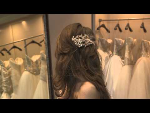 What Does a Bride Wear on Her Head? : Bridal Fashion