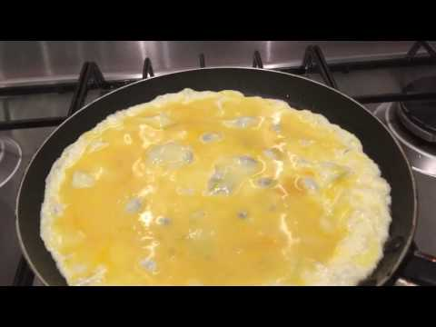 Making Egg Wraps