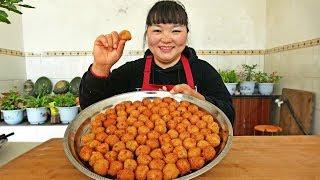 【陕北霞姐】洋芋萝卜胡萝卜,农村家常素丸子,吃出肉的感觉,自家种的蔬菜就是香!