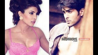 Priyanka Chopra LOCKED EYES With Her EX-LOVER Harman Baweja | SpotboyE