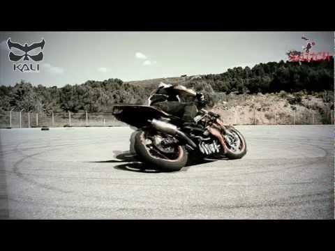 Motorcycle Stunts : Summer Switch Break ride part