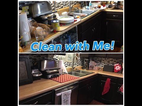 Clean with me - an actual messy kitchen!