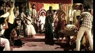 """Main Aai Hoon U.P. Bihar Lootne""Film Shool Ft. Shilpa Shetty"