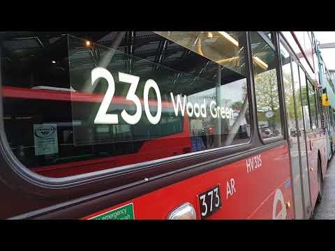 Blind change on Arriva London HV325 (LJ17WOM)