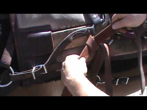 How to tie a quick release latigo knot on a pack saddle.