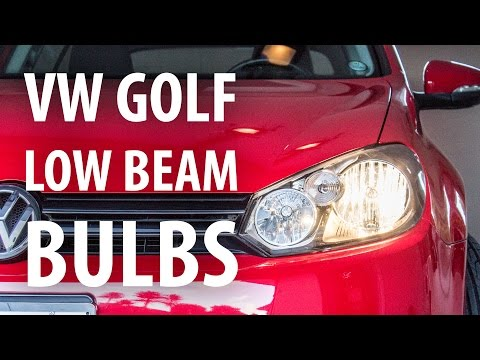 How-to: Change low beam headlight bulbs, VW Golf Mk6