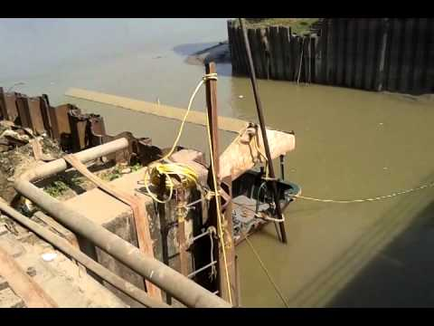 How to Cleaning Mud from Dock